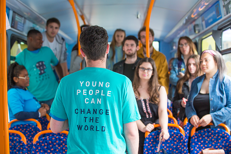 "Kindness Bus Tour Reaches Thousands of UK School Pupils ""Be Nice Online"" Message"